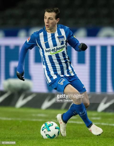 Vladimir Darida of Hertha BSC runs with the ball during the Bundesliga match between Hertha BSC and 1 FSV Mainz 05 at Olympiastadion on February 16...