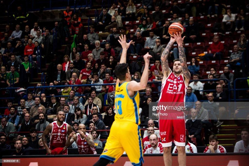 EA7 Emporio Armani Milano  v Vanoli Cremona - Italy Lega Basket SerieA
