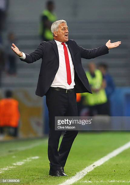 Vladimir Petkovic head coach of Switzerland reacts during the UEFA EURO 2016 Group A match between Switzerland and France at Stade PierreMauroy on...