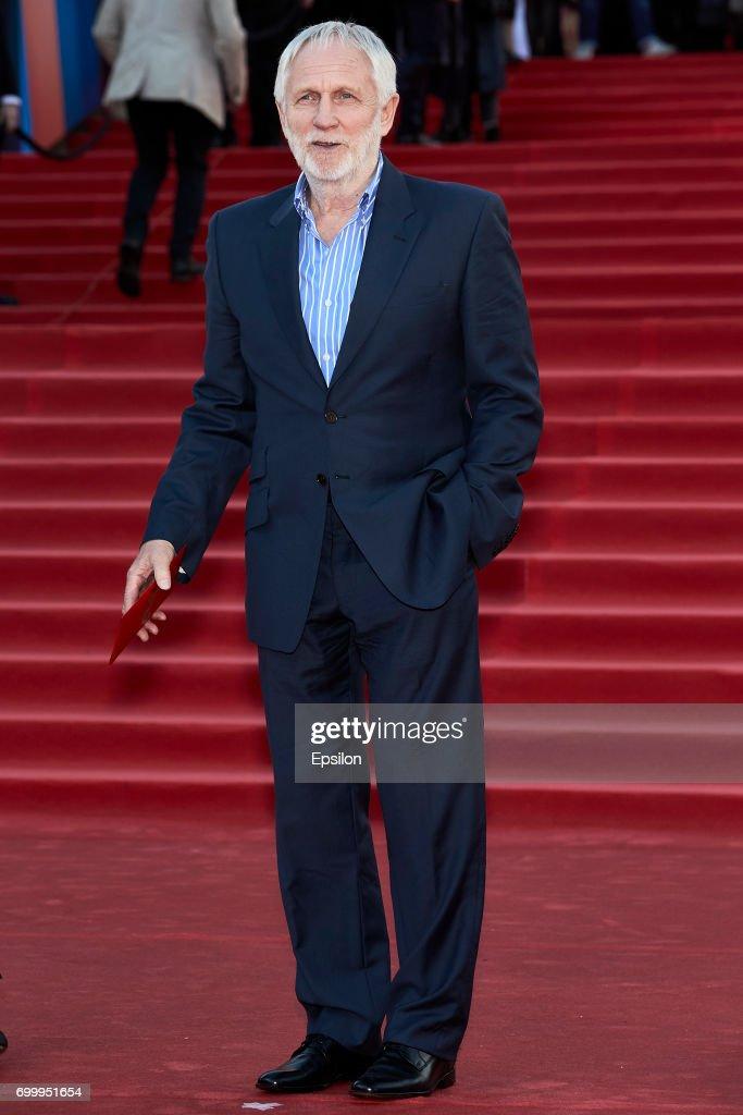 39-th Moscow International Film Festival - Opening Red Carpet Arrivals : Fotografía de noticias