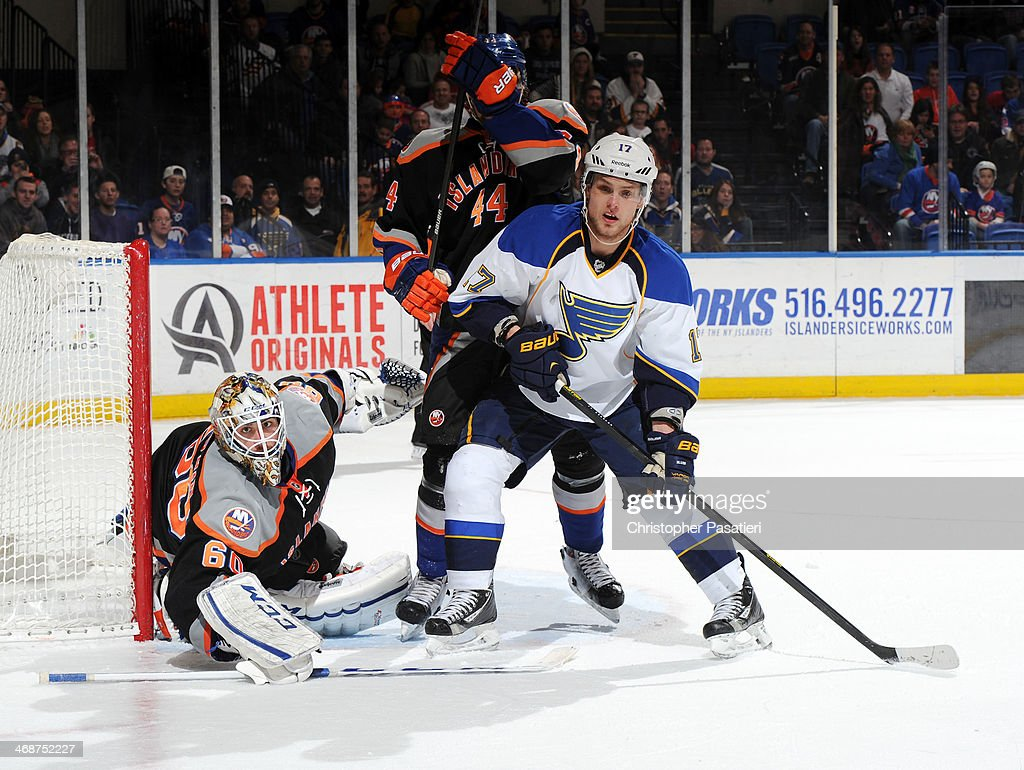 St. Louis Blues v New York Islanders : News Photo