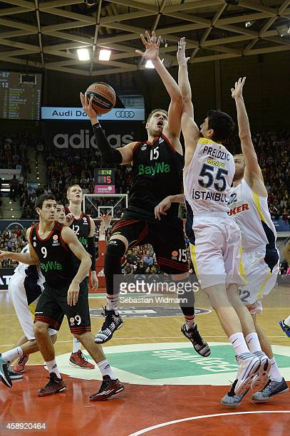 Vladimir Stimac #15 of FC Bayern Munich in action during the 20142015 Turkish Airlines Euroleague Basketball Regular Season Date 5 game between FC...