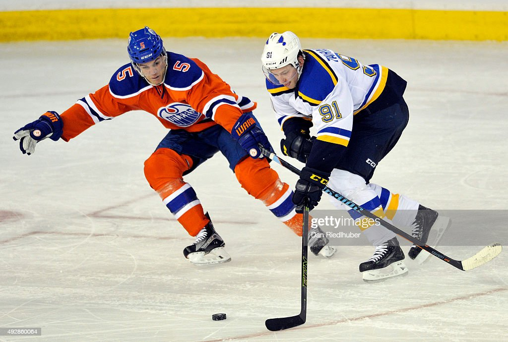 St. Louis Blues v Edmonton Oilers : News Photo