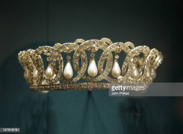 Vladimir Tiara With Pearls Worn By The Queen Taken During The Press View Of Buckingham Palace State Rooms Summer Opening, Buckingham Palace, London.