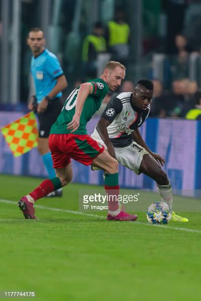 Vladislav Ignatyev of Lokomotiv Moskva and Blaise Matuidi of Juventus Turin battle for the ball during the UEFA Champions League group D match...