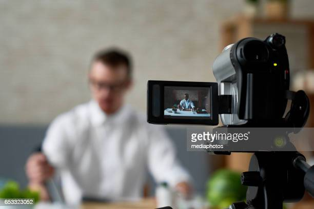 vlog of chef - television show stock pictures, royalty-free photos & images