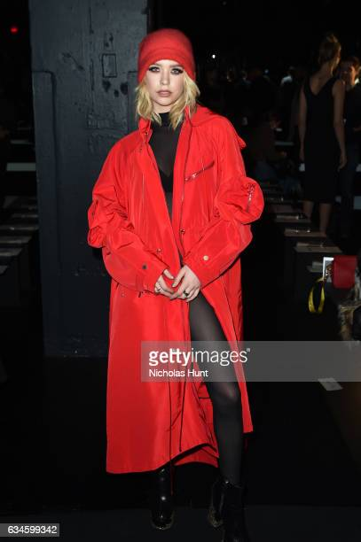 Vlogger Amanda Steele attends Cushnie Et Ochs fashion show at Gallery 1 during New York Fashion Week The Shows Skylight Clarkson Sq on February 10...