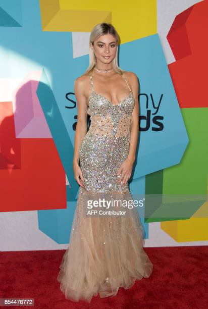 Vlogger Kristen Hancher attends the 7th Annual Streamy Awards on September 26 in Beverly Hills California / AFP PHOTO / VALERIE MACON