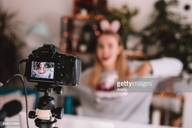 vlogging - vlogging stock photos and pictures