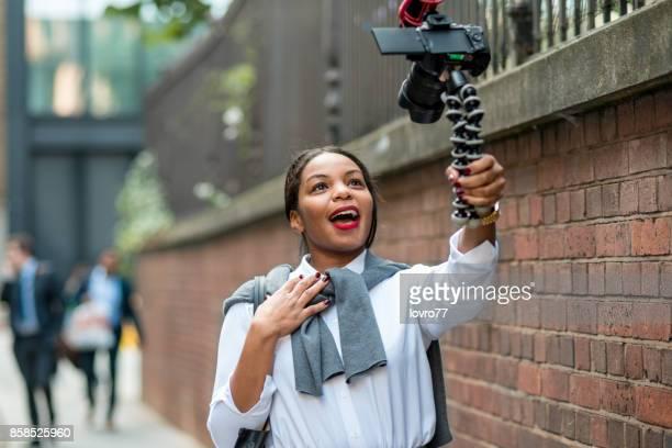 vlogging - equipamento de edição de som - fotografias e filmes do acervo