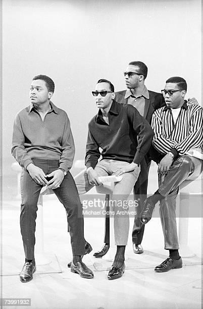 B vocal group 'The Four Tops' pose for a portait in 1965 in New York City New York Ronaldo 'Obie' Benson Abdul 'Duke' Fakir Levi Stubbs Lawrence...