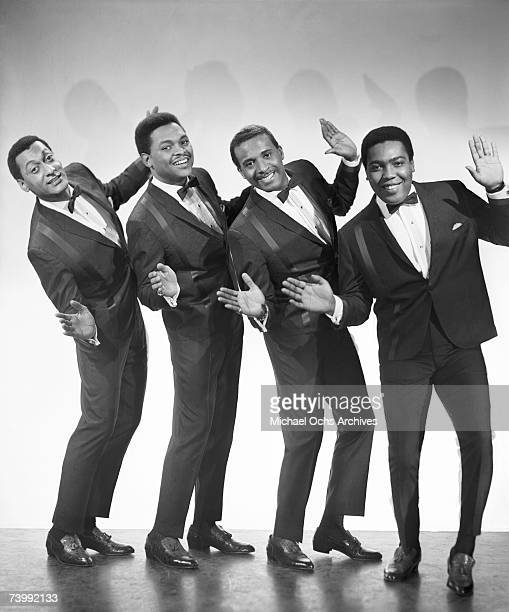 RB vocal group The Four Tops pose for a portait in 1965 in New York City New York Abdul Duke Fakir Ronaldo Obie Benson Levi Stubbs Lawrence Payton