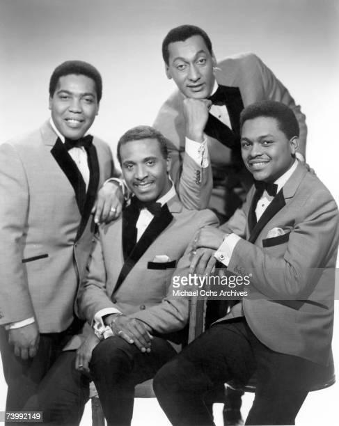 B vocal group The Four Tops pose for a portait in 1965 in New York City New York Lawrence Payton Levi Stubbs Abdul Duke Fakir Ronaldo Obie Benson