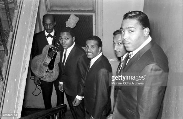 B vocal group The Four Tops pose for a portrait in Autumn 1964 in New York City New York Ronaldo Obie Benson Levi Stubbs Abdul Duke Fakir Lawrence...