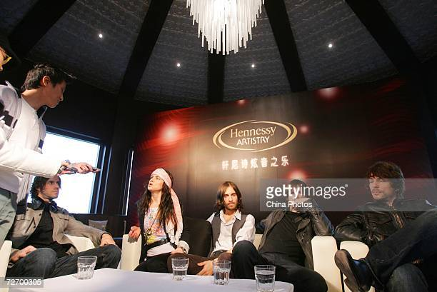 Vocal Juliette Lewis and members of her band Juliette The Licks attend a press conference of the Hennessey Global Artistry Tour on December 1 2006 in...