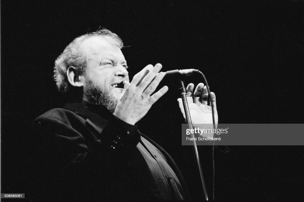 JOE COCKER, vocal, performs at the Halfway Festival on 17th June 1995 in Halweg, Netherlands.