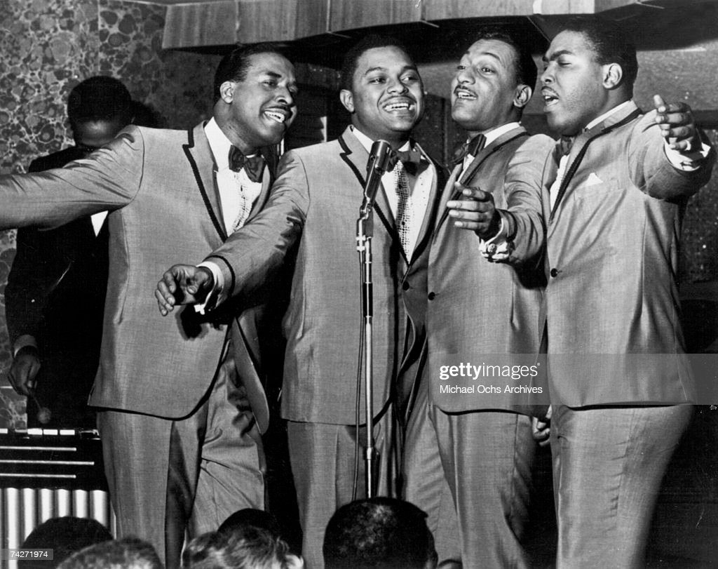 """""""Four Tops"""" Performing : News Photo"""