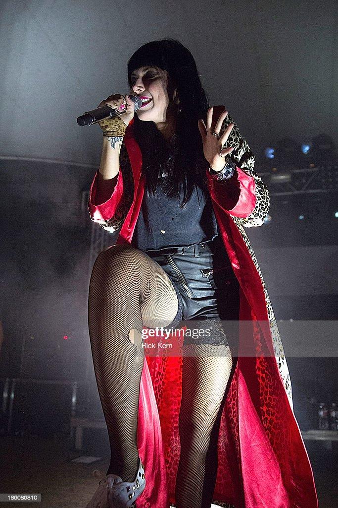 Sleigh Bells In Concert - Austin, TX : News Photo