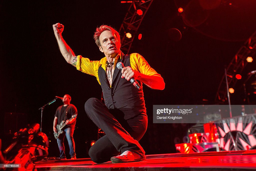 Vocalist David Lee Roth of Van Halen performs on stage at Sleep Train Amphitheatre on September 30, 2015 in Chula Vista, California.