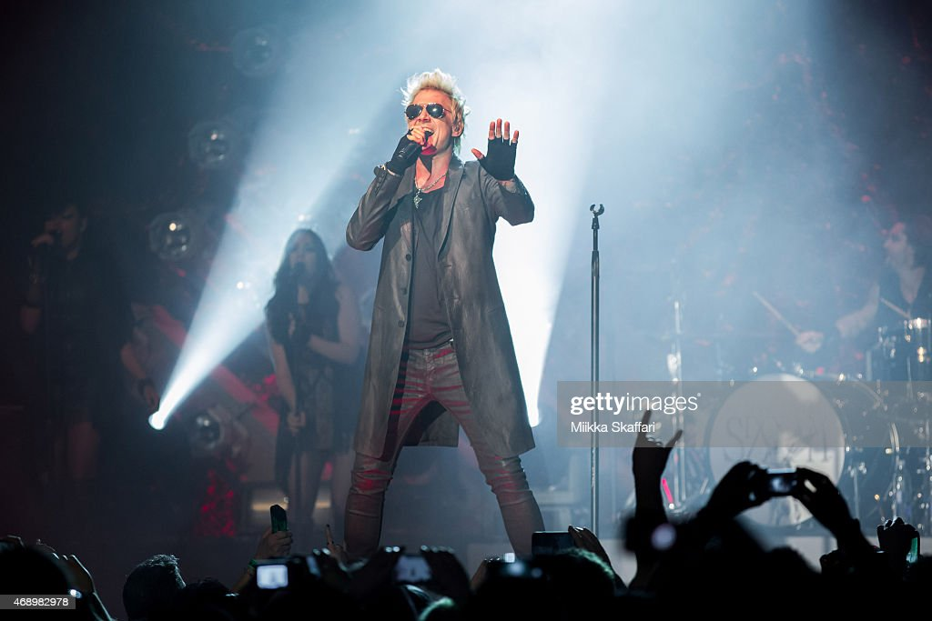 SIXX:AM And Apocalyptica In Concert - San Francisco, CA : News Photo