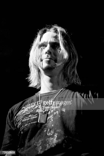 Vocalist Myles Kennedy from Alter Bridge performing at their first London Showcase London ULU 17/09/04