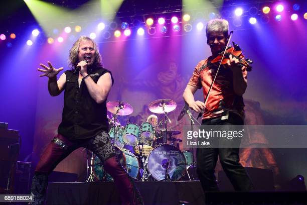 Vocalist Ronnie Platt and Violinist David Ragsdale of Kansas perform at Sands Bethlehem Event Center on May 27 2017 in Bethlehem Pennsylvania