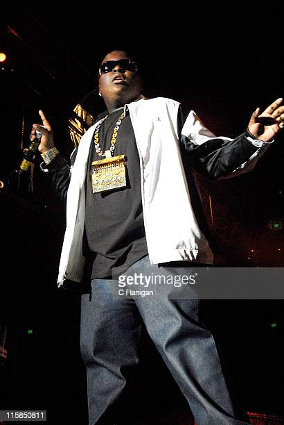 Vocalist Sean Kingston performs live at the Oracle Arena on December 29, 2007 in Oakland, California.