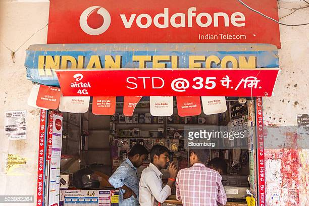 Vodafone India Ltd. Stock Photos and Pictures | Getty Images