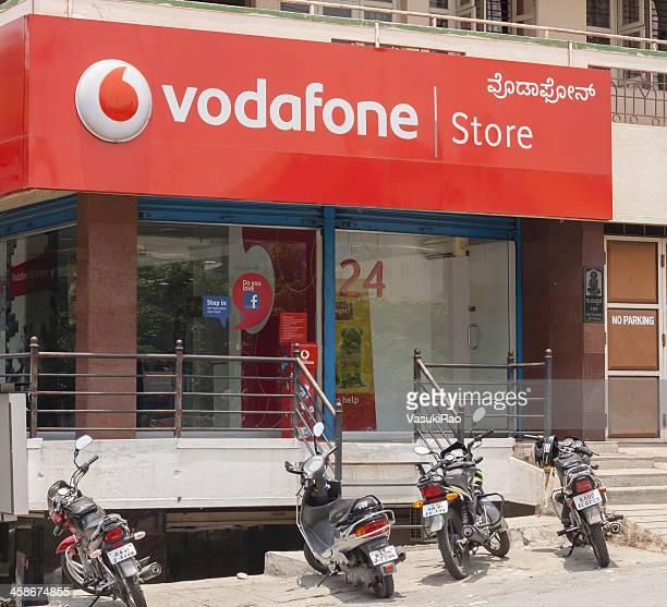 ボーダフォンストアではバンガロール,インド - vodafone ストックフォトと画像
