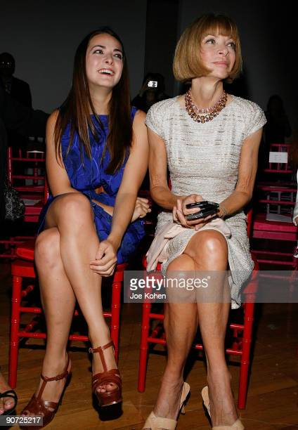 Vogue editor Anna Wintour and her daughter Bee Schaffer attend Zac Posen at NYC fashion week at the Altman Building on September 14 2009 in New York...