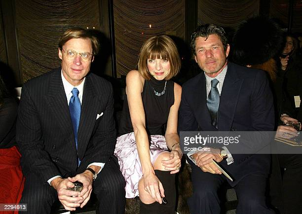 Vogue editor Anna Wintour boyfriend Shelby Bryan and Jann Wenner attend the Zac Posen fashion show for the Fall/Winter 2003 Collection at The Four...