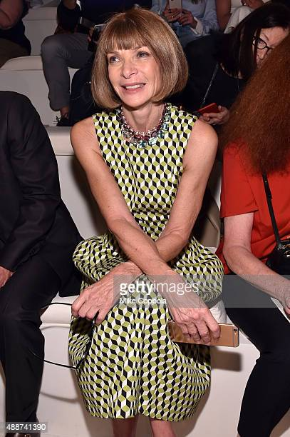 Vogue editorinchief and Conde Nast artistic director Anna Wintour attends Ralph Lauren Spring 2016 during New York Fashion Week The Shows at Skylight...