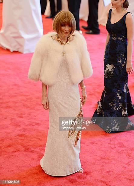 Vogue EditorinChief Anna Wintour attends the Schiaparelli And Prada Impossible Conversations Costume Institute Gala at the Metropolitan Museum of Art...