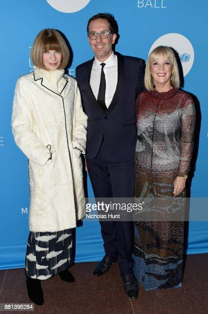 Vogue EIC Anna Wintour Managing Director L'Oréal Luxe Nicolas Hieronimus and Group President L'Oreal Luxe USA and Spirit of Compassion Award Honoree...