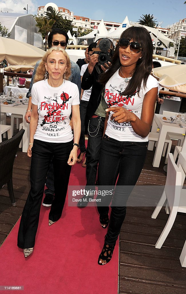 Vogue Italia Editor Franca Sozzani (L) and model Naomi Campbell arrive at a photocall for her charity Fashion For Relief's Japan Appeal at the Majestic Beach Pier on May 15, 2011 in Cannes, France.