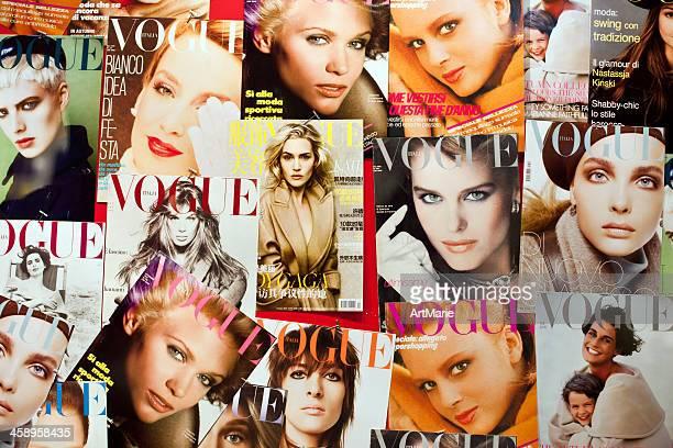 revista vogue cubiertas - vogue fotografías e imágenes de stock