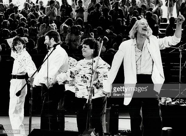 Voices from the past The newly formed Mamas and the Papas left to right Mackenzie Phillips Denny Doherty Spanky McFarlane and John Phillips teamed...
