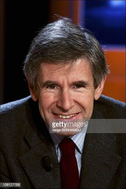 Vol De Nuit Tv Show On November 23 2004 In Paris France Alain Minc