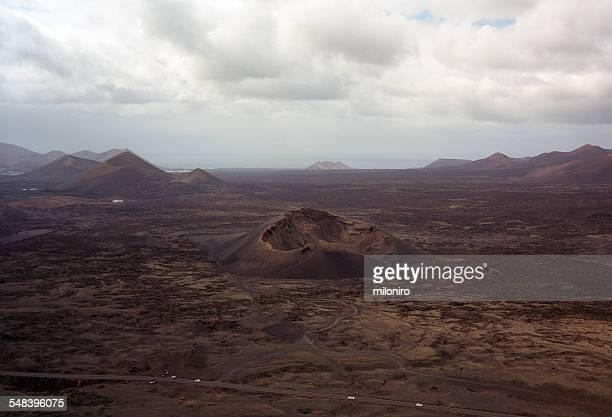 volcan del cuervo, lanzarote - miloniro stock pictures, royalty-free photos & images