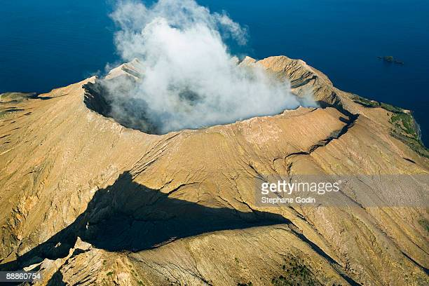 volcanic eruption - white island new zealand stock photos and pictures