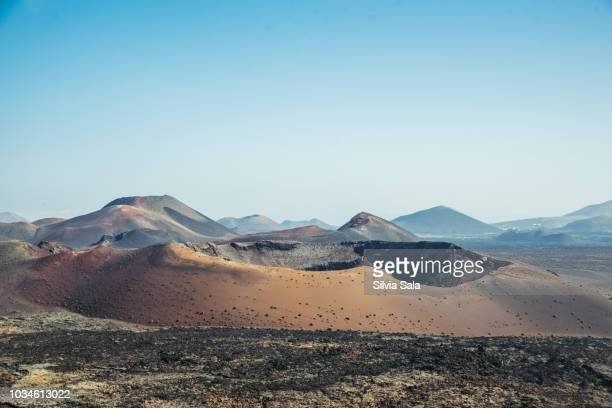 volcanic landscape - timanfaya national park stock pictures, royalty-free photos & images