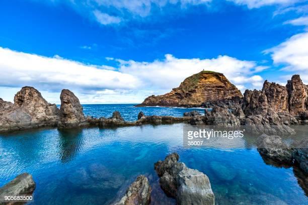 naturaleza volcánica piscinas, isla de madeira, portugal - cultura portuguesa fotografías e imágenes de stock