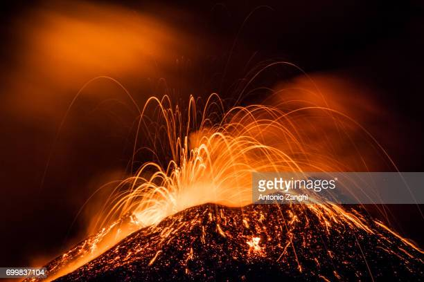 volcano etna eruption - active volcano stock pictures, royalty-free photos & images