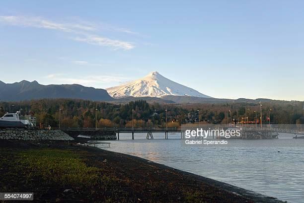 volcán villarrica - pucon fotografías e imágenes de stock
