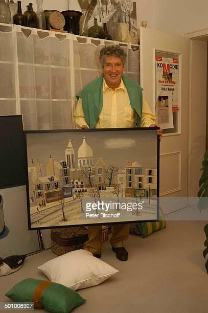 Volker Brandt Homestory PartyVorbereitungen zum 70 Geburtstag von V o l k e r B r a n d t München Deutschland PNr 1425/2005 Wohnzimmer Geschenk...