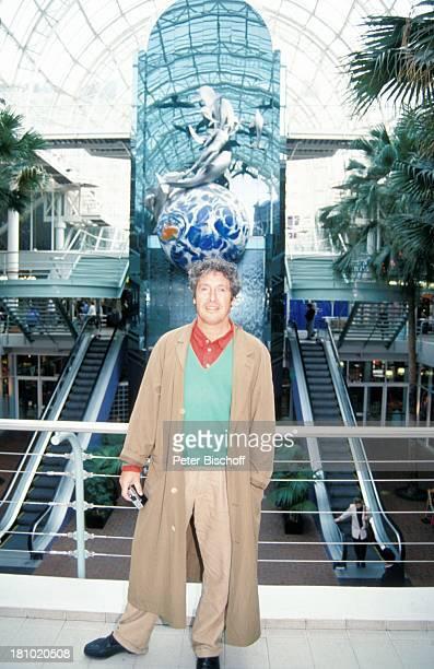 Volker Brandt Urlaub während der Dreharbeiten zur PRO 7 Serie Glückliche Reise Folge 11 Fidschi Sydney/Australien Fotoapparat MesseZentrum...