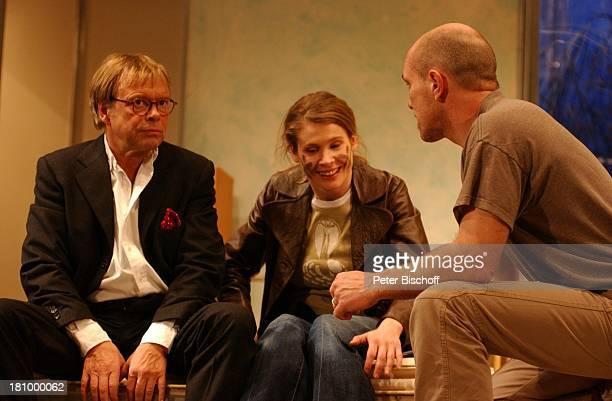 """Volker Lechtenbrink, Ehefrau Jeanette Arndt, Wolf-Dietrich Sprenger , , Theater-Komödie: """"Einmal Sonne für Zwei"""", Hamburg, , """"Komödie Winterhuder..."""