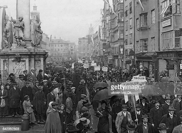 Volksabstimmung in TirolDemonstrationszug in Innsbruck 1921