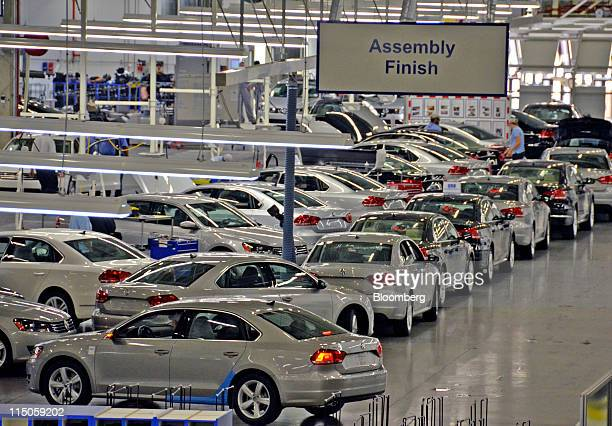 Volkswagen AG 2012 Passats sit in the assembly building at the company's factory in Chattanooga Tennessee US on Wednesday June 1 2011 Volkswagen of...