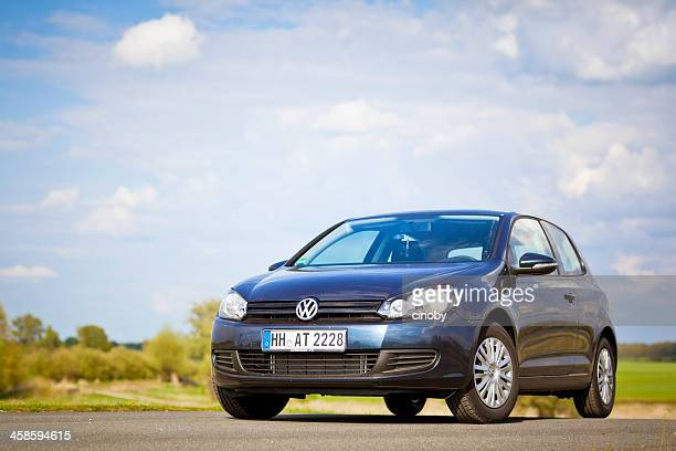 volkswagen golf mk6 or vw typ 5k shadow blue metallic - volkswagen stock pictures, royalty-free photos & images